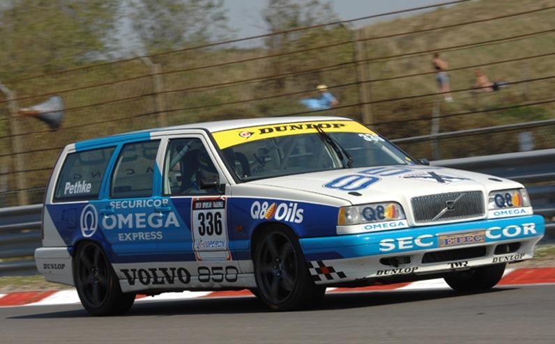 Nostalgic Wednesdays 90 S Btcc Volvo 850r Estate Mayday Garage